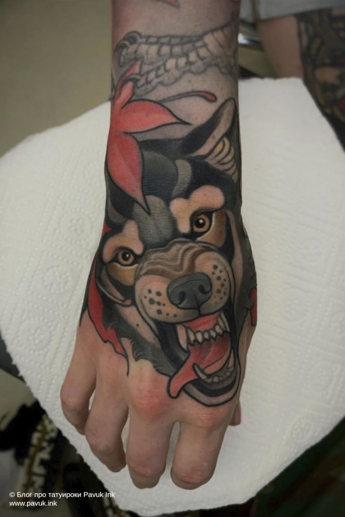 тату волк 07