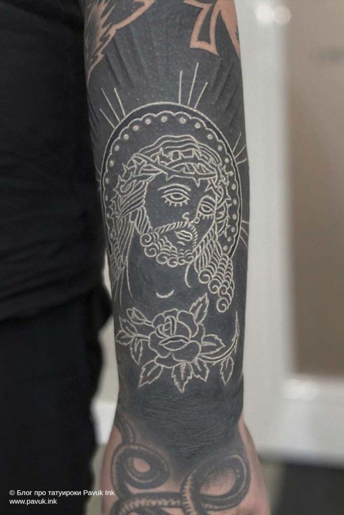 белые тату 05